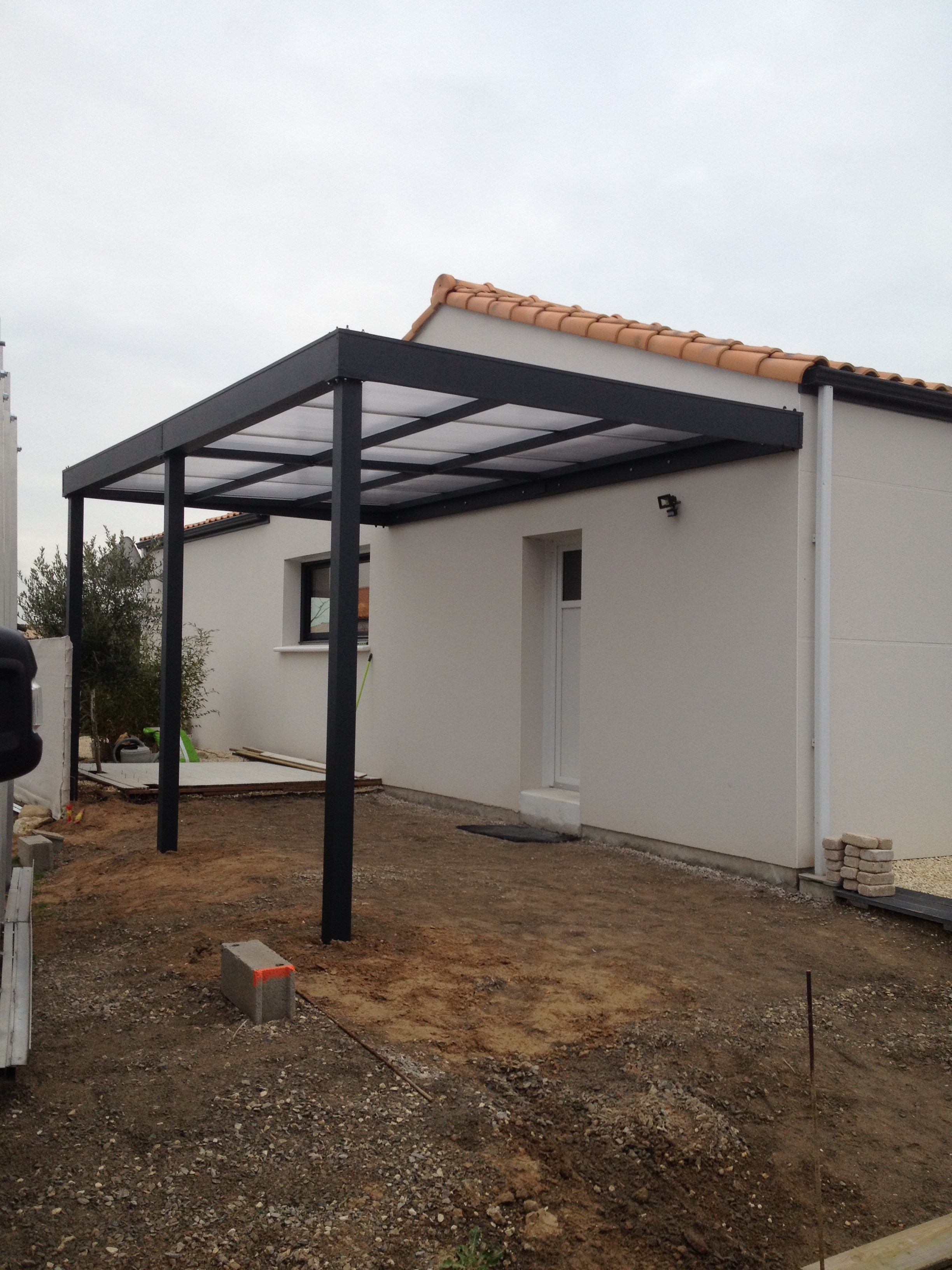 Carport aluminium idealconnect for Construire son garage soi meme